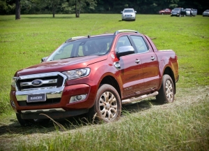 Ford faz recall da Ranger por defeito na transmissão e no eixo cardã